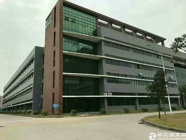 平湖高新产业园6500平方米可以分租