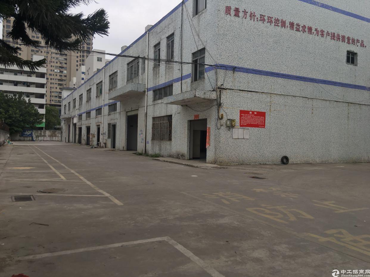 龙华大浪商业中心旁一楼层高7米重工业厂房出租200平起租