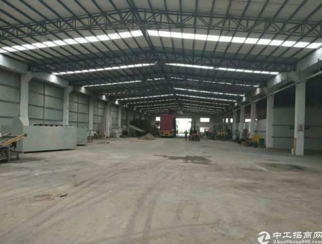龙岗同乐钢构厂房滴水8米5000平方可分租