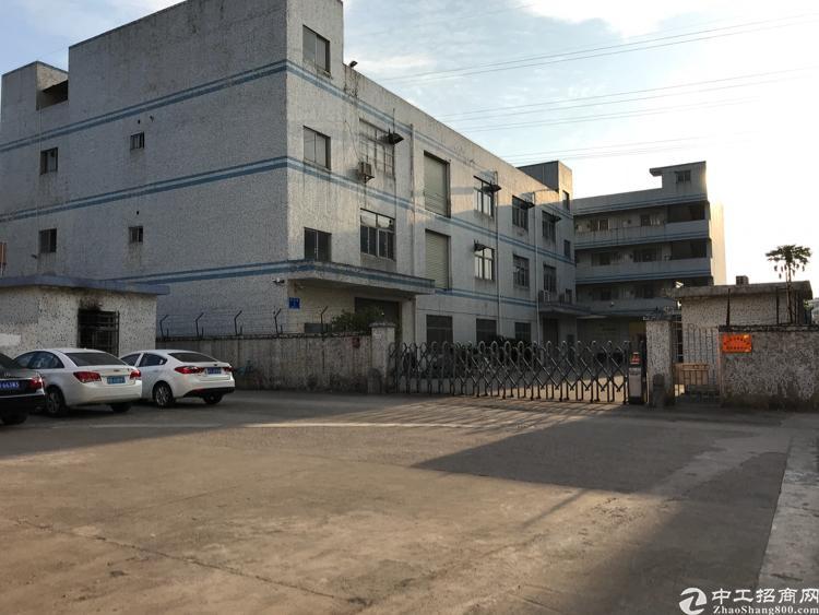 龙岗五联红本独院厂房6000平方出租,500平方起分