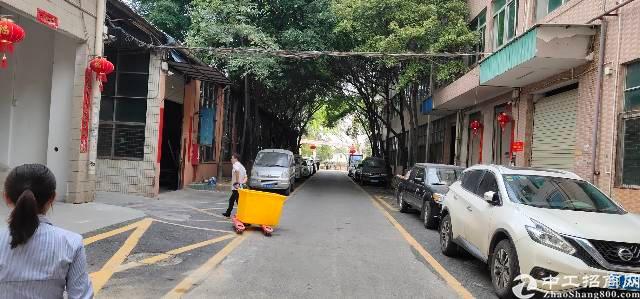 观澜沈海高速口新田新出标准厂房1楼6米带牛角5吨现成行招租