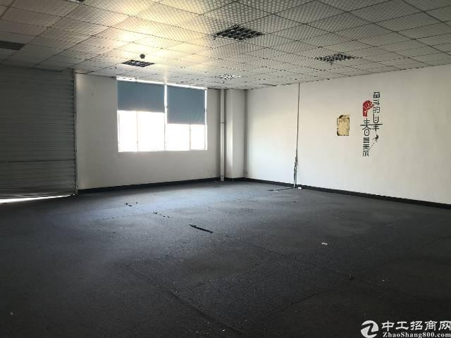 沙井大王山新出楼上2000平带精装修厂房招租