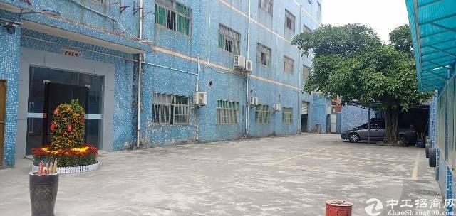 龙岗龙西北通道边村委厂房分租一楼实际面积700平米出租