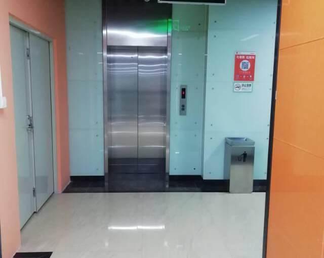 横岗文体广场附近新出60平办公室招租图片5