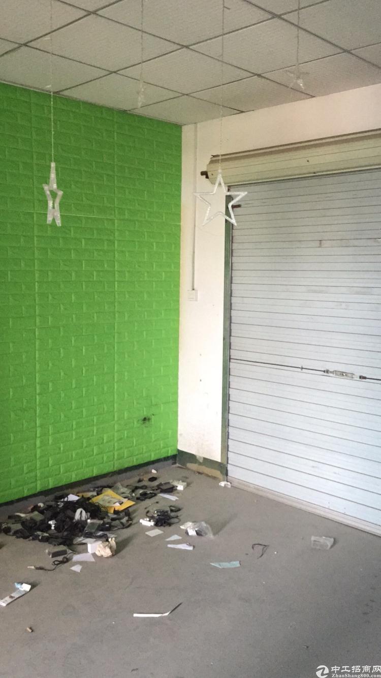 福永和平楼上最新出740平带装修无需转让费的厂房