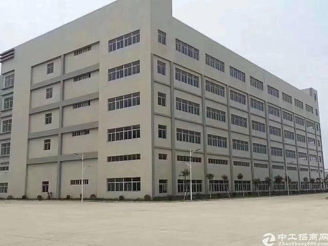 观澜原房东独门独院厂房10800平方带精装修出租!