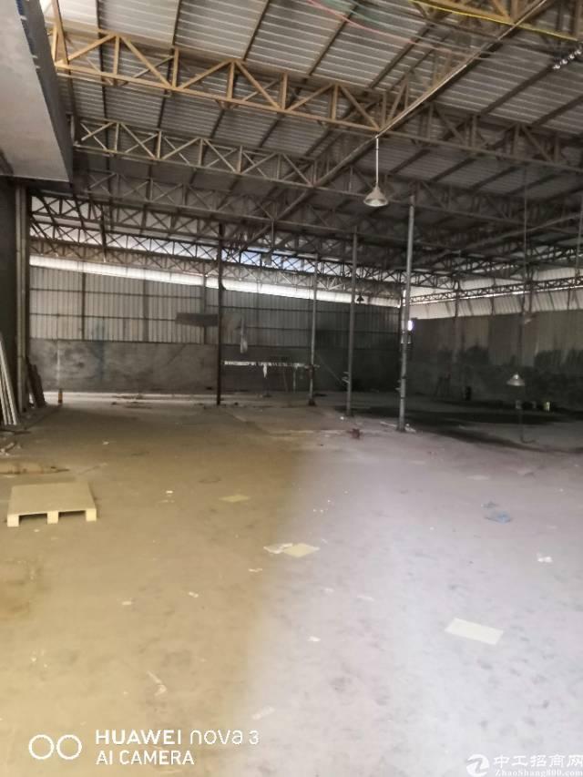 平湖广场新出铁皮房出租