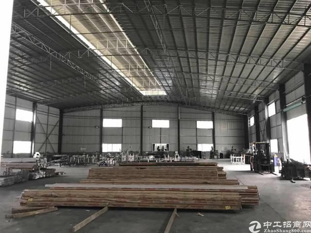 石湾新出8台行车钢结构厂房,滴水9米,周边无居民,重工业厂房