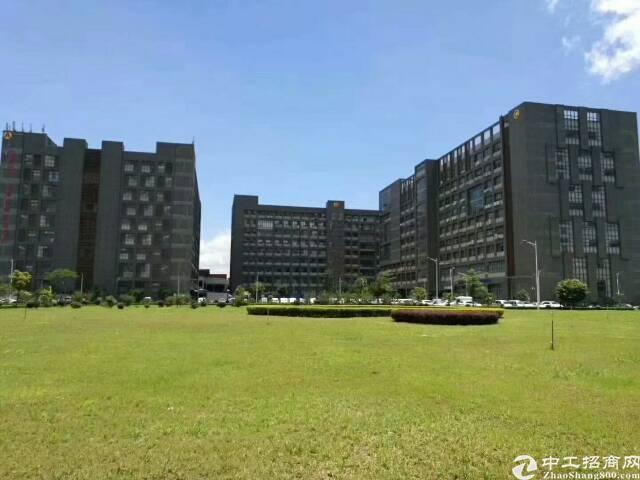 平湖华南城工业区二楼1200平米带装修急租-图4