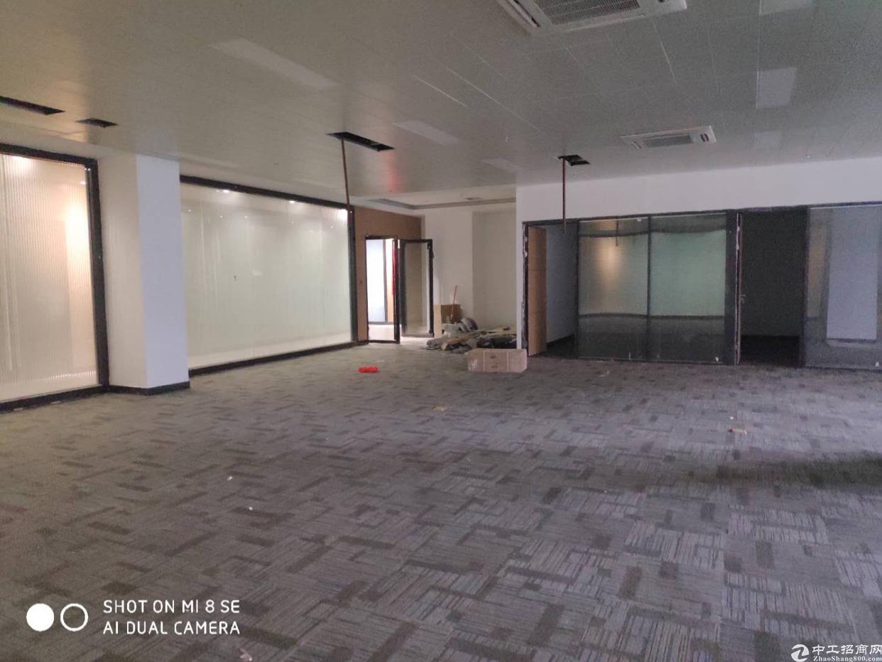 龙华清湖地铁站附近新出800平带精装修原房东
