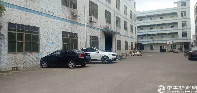 坪山坑梓秀新新出一楼1200平米厂房出租,大小可以分租