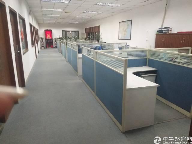 平湖富民工业区原房东独院8500平方可分租