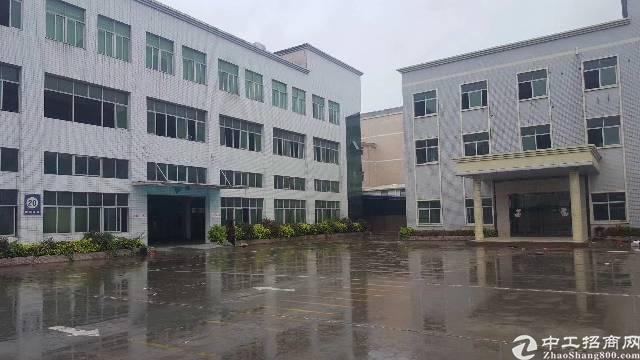 平湖富民工业区新出一楼标准厂房1000平方招租可分租