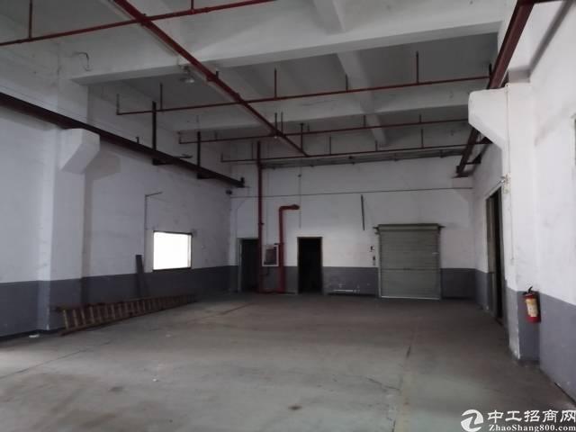 西乡固戍航城大道边一楼原房东550平米厂房出租