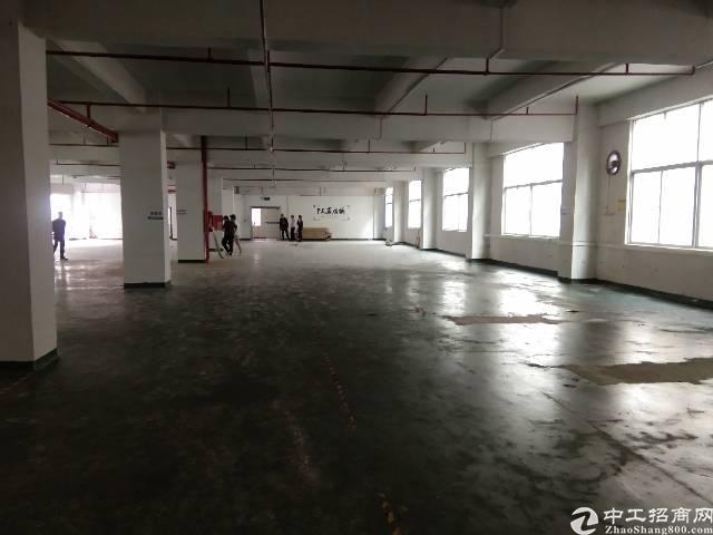 横岗永湖地铁口360平厂房出租