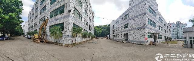 观澜沈海高速口五百米新出原房东一楼30000平厂房出租