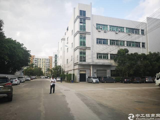 公明新出大型工业园楼上厂房2600m²,交通便利!可办环评…