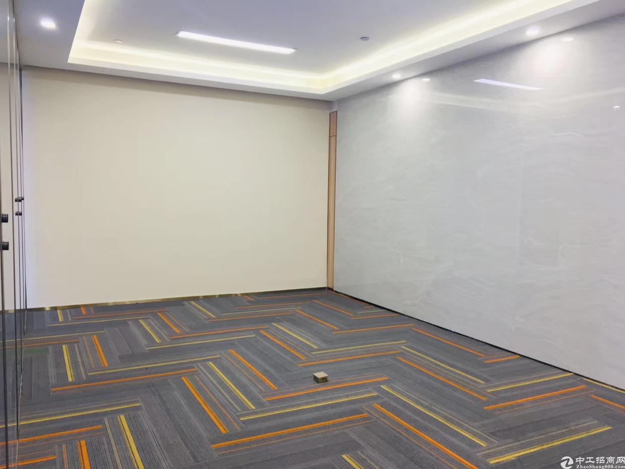 塘坑地铁站100米全新装修写字楼招租