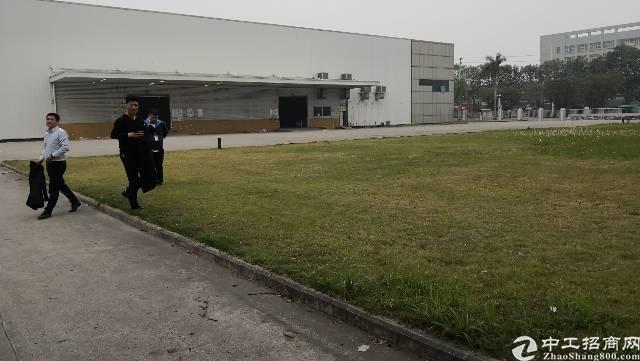 平湖高速出口专业物流仓库大小招租