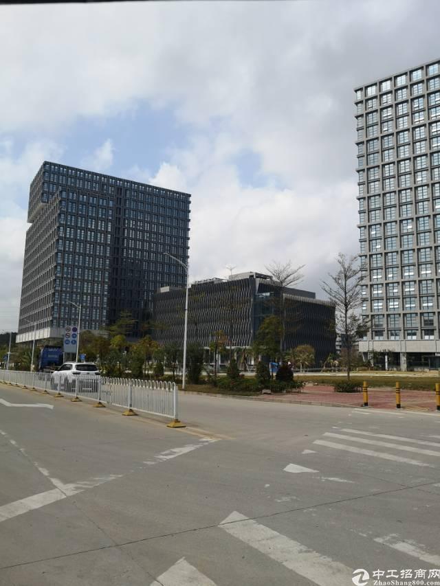 观澜梅观高速路口1公里红本厂房1-19层单层面积1800平方