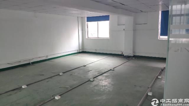 带装修无需转让费怀德320平小面积电子厂房招租。