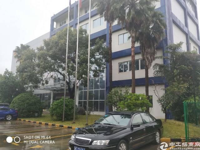 光明区独院带红本一楼7米厂房35000平方出租