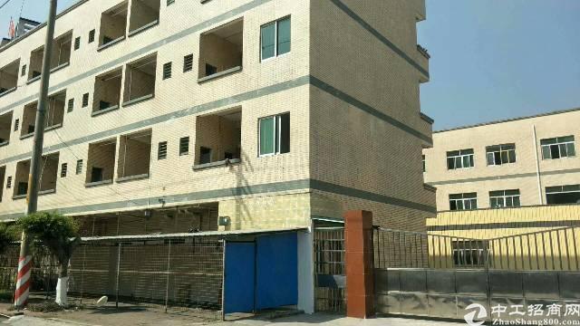 白云区龙归城新出独院厂房可分租厂房4500平米