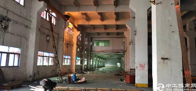 横岗六约地铁站口一楼九百平方高度8米可以分租-图4