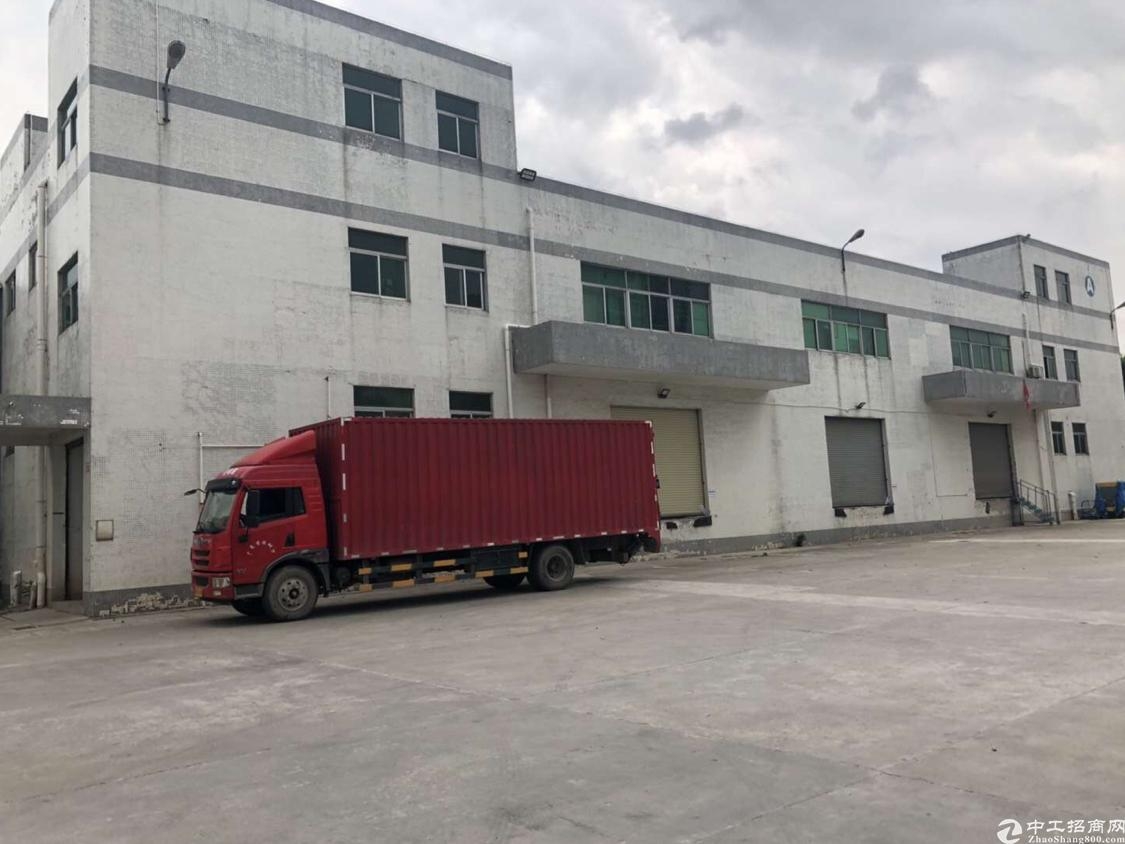 西乡107国道旁沈海高速出口4500平小独栋厂房出租