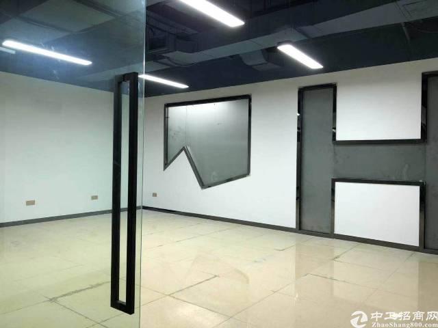 福永地铁出口写字楼50平起大小分租