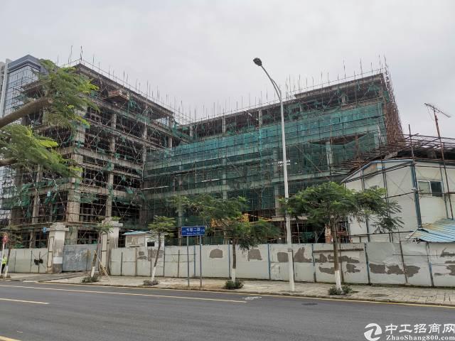 深圳红本小厂房占地2700建筑4600,售价5000万