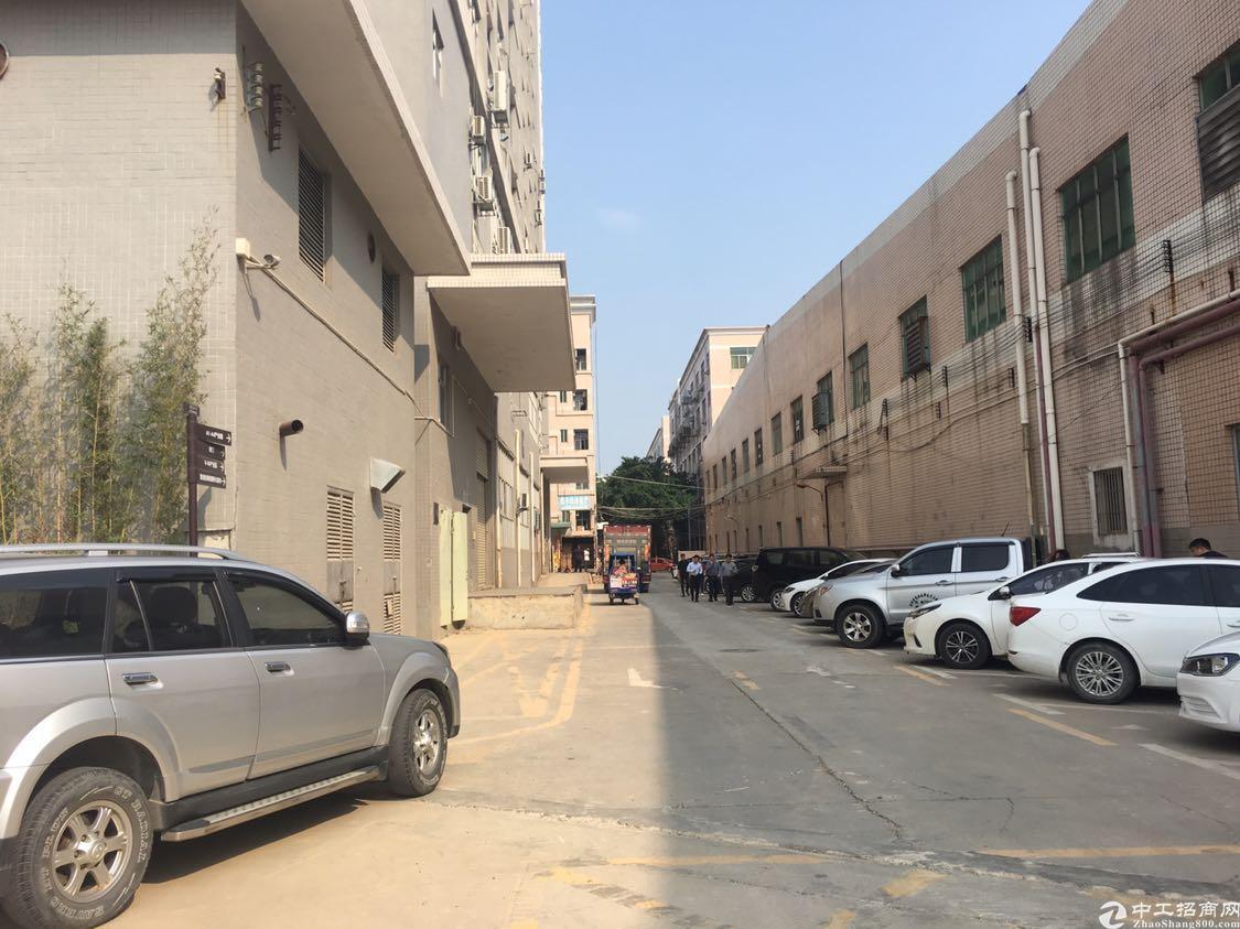 福永镇沿江高速口一楼厂房1690平方出租