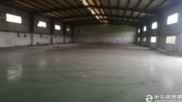 惠州1800平米独院11元一平米适合做破碎行业厂房招租。