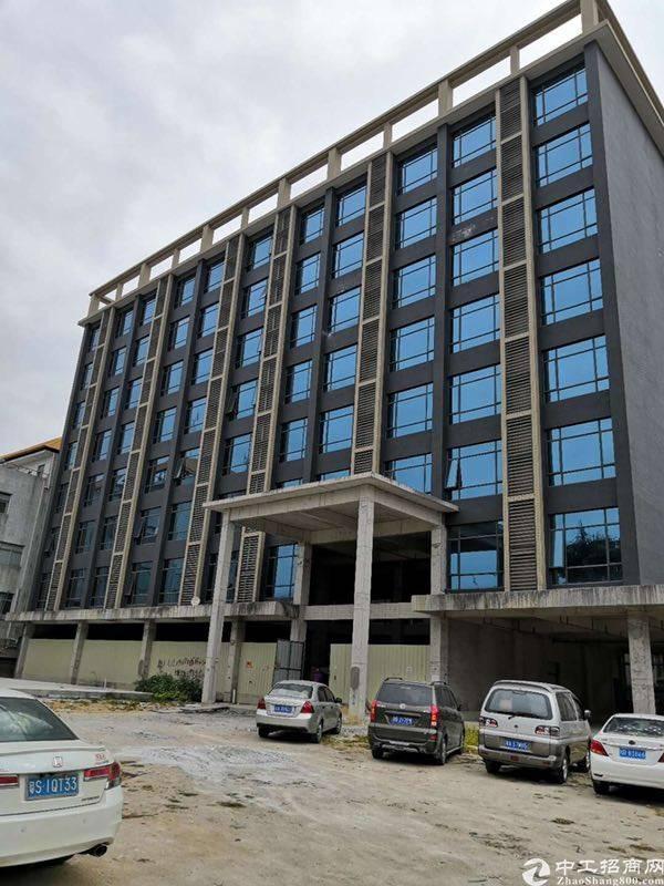 白云区人和镇机场旁25000平酒店写字楼整租可分租