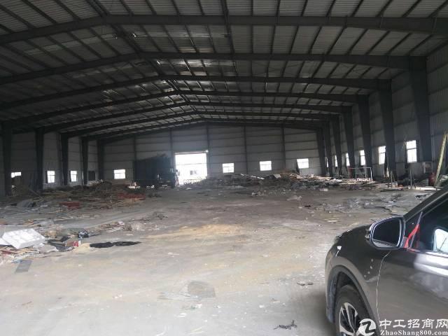 松岗塘下涌广田路边8米高钢构仓库厂房4500平,租金28