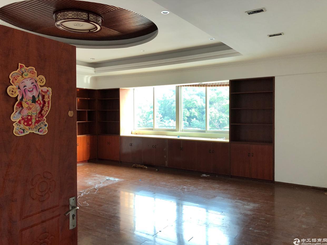 西乡宝田工业园楼上单层面积1100共四层厂房出租