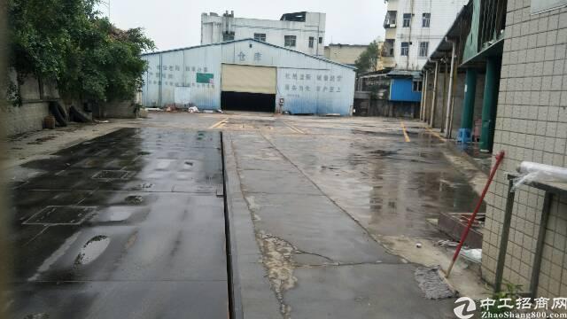 平湖新木村一楼废品仓库出租2800平米,空地大