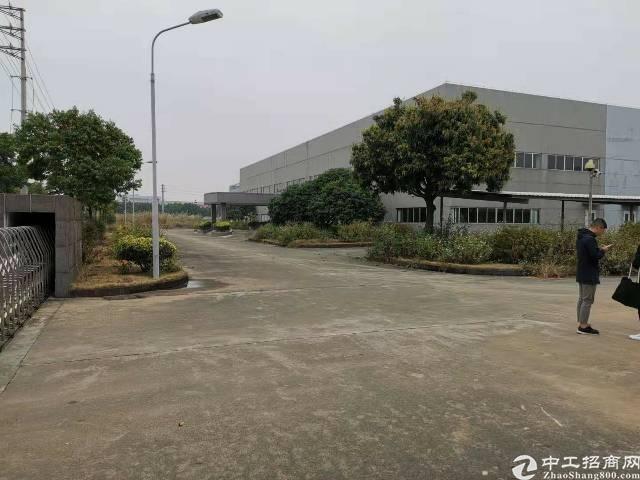 佛山顺德靠广州独院一万平单一层厂房厂房出租可分租