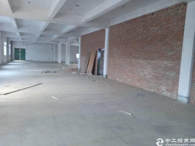 平湖平龙东路附近四楼厂房出租