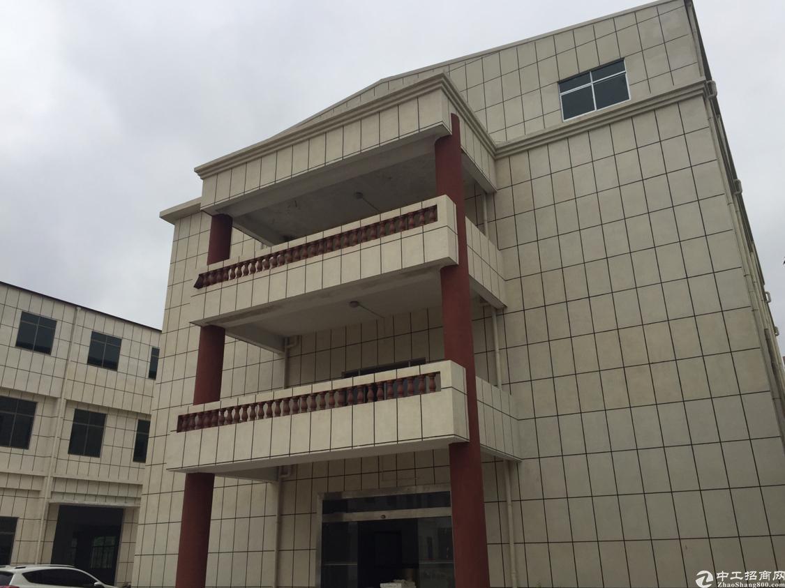 东莞清溪砖砌到顶钢构厂房25000平,厂区空地大、交通便利