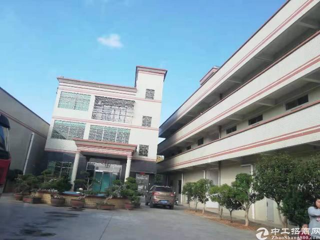 两证独院钢构厂房4000平米出租