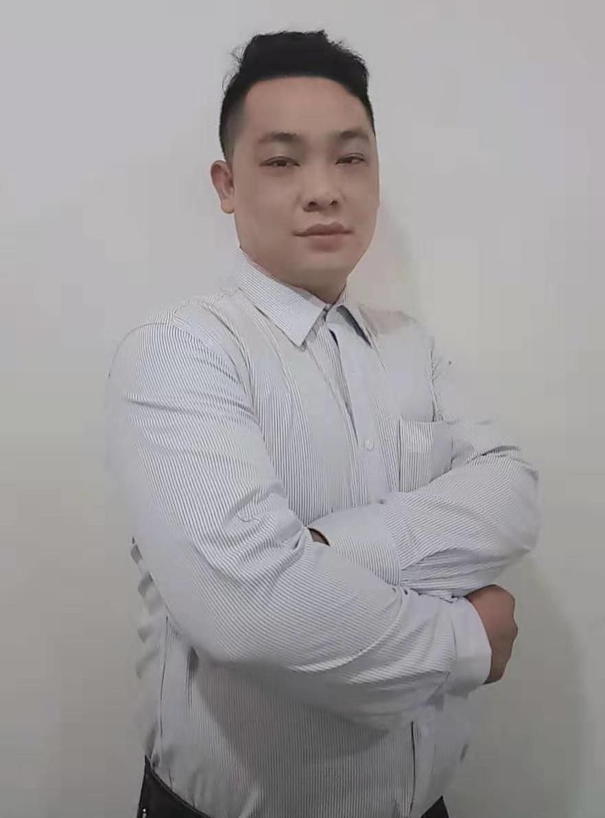 厂房经纪人潘久梁
