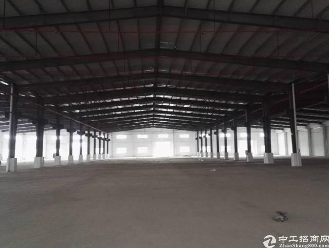 新出单一层钢构滴水10米厂房