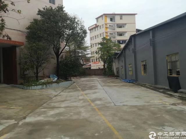 广州白云区三元里工业区近地铁仓库厂房