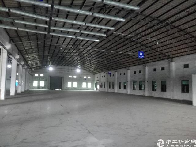 番禺石楼靠近坑头工业区附近一楼简易厂房5000平,可分租有证-图5
