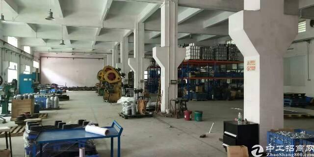 横沥镇原房东厂房分租一楼1500平方