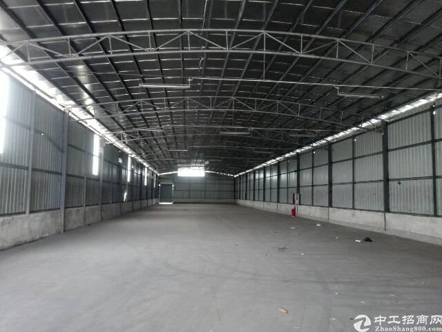 番禺石楼靠近坑头工业区附近一楼简易厂房5000平,可分租有证-图3