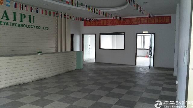 公明刚空出来标准三楼1300平整层大台前精装修办公室水电齐