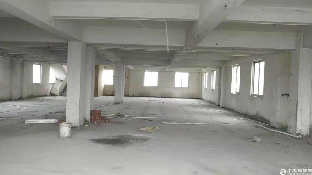 石壁镇莲塘附近小面积厂房出租500平方米