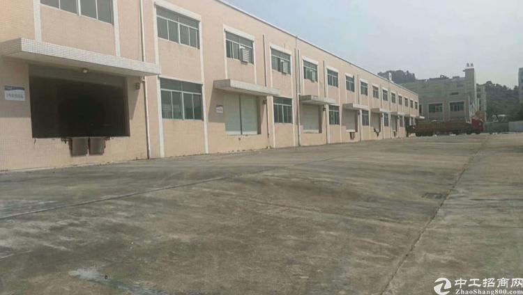深圳高速出口物流仓库6000平独院厂房出租带卸货平台消防齐全